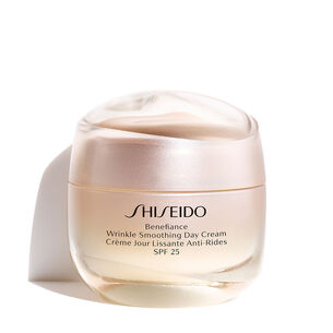 Wrinkle Smoothing Day Cream SPF25 - Shiseido, Benefiance